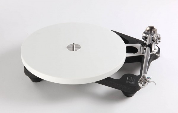 Rega Planar 10 inkl. Tonarm RB3000, inkl. externes Netzteil P10 PSU
